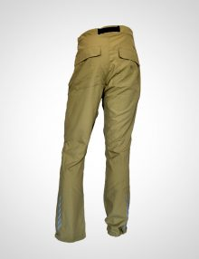 pantalon-hombre-kakhi-back